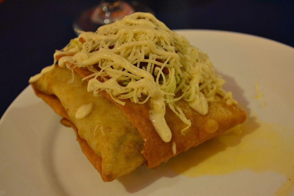 Mooon Cafe - Chimichanga