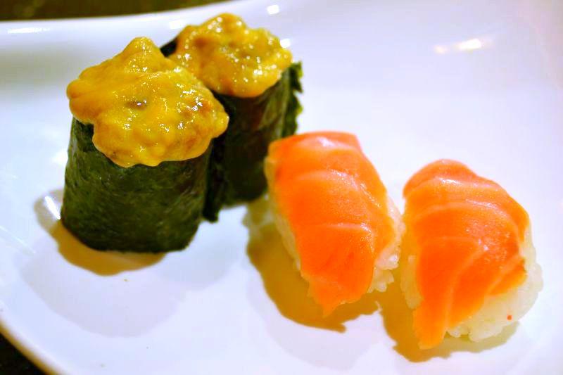 sushi-feast-uni-shake-sushi